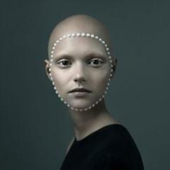 Justine Tjallinks. Ένα όνομα που ήρθε για να μείνει και να απασχολήσει τον κόσμο της φωτογραφίας.
